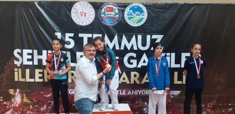 Silivrili Karateciler Sakarya'dan Başarıyla Döndü