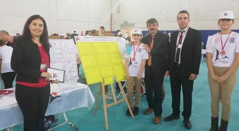 Çağrıbey'de TÜBİTAK Bilim Fuarı Yapıldı