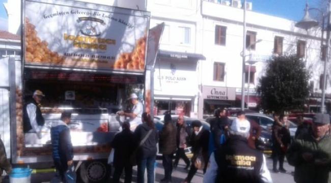 Merhum Şerif Elmas Anısına Hayır Lokması Dağıtıldı