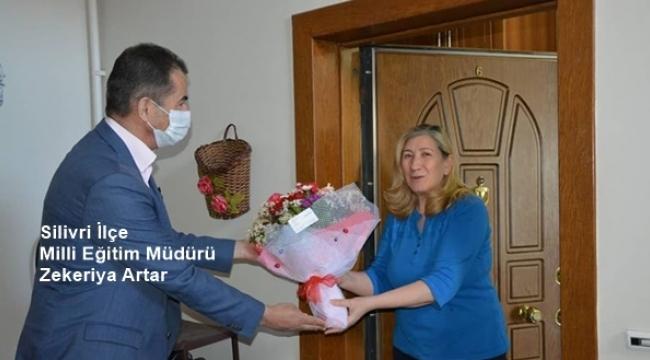 İlçe MEM Müdürü Artar'dan Öğretmenlere Anneler Günü Jesti