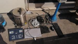 Stat Hırsızları Şaşırttı; Futbol Skorbordu, Çay Makinesi, Q Klavye..!