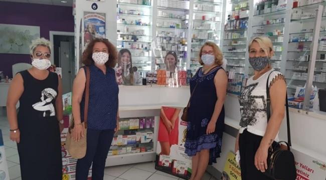 CHP'li Kadınlar Eczacıları Ziyaret Etti