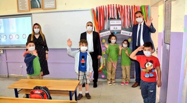 Artar, Okulun İlk Gününde Öğrencilerin Yanındaydı
