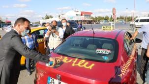 Yılmaz, taksici esnafların mutluluklarına ortak oldu