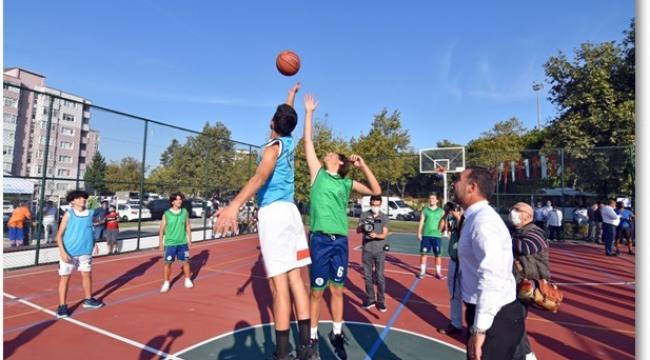 Yenilenen Aydan Siyavuş Basketbol Sahaları Törenle Açıldı