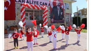 Abdullah Aliyecan Anaokulunda 23 Nisan Kutlaması