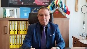 Gazi İmam Hatip Ortaokulu Müdürüne Üstün Başarı Belgesi Verildi