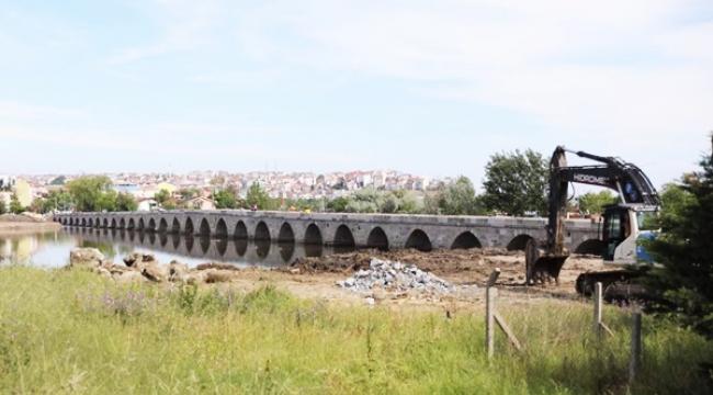 """""""Mimar Sinan Köprüsündeki Restorasyon Süreci, Kamuoyunu Dışlayan Biçimde Yürütüldü"""""""