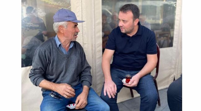 Bozoğlu, mahalle sakinleriyle çay içti! Sıkıntılarına ortak oldu!