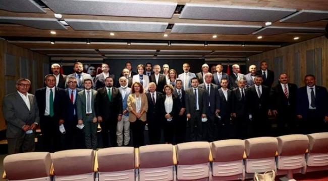 Esen, Kılıçdaroğlu'nun da katıldığı ilçe başkanları toplantısındaydı