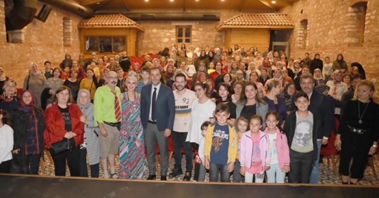 Silivri'de Köylü Kadınlar ve Çocuklar Tiyatro ile Buluştu