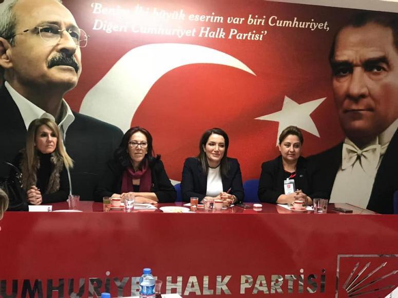 Ağırman, anlattı CHP'li kadınlar dinledi