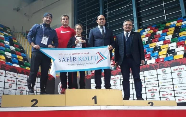 Sudenaz Silivri'ye Türkiye Şampiyonluğu getirdi