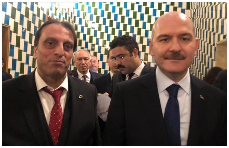 Azder, bakan ve milletvekilleriyle bir arada