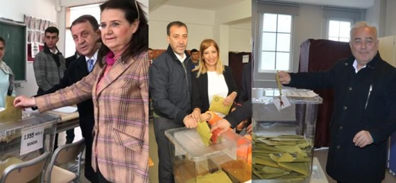 Başkan Adayları oylarını kullandı!