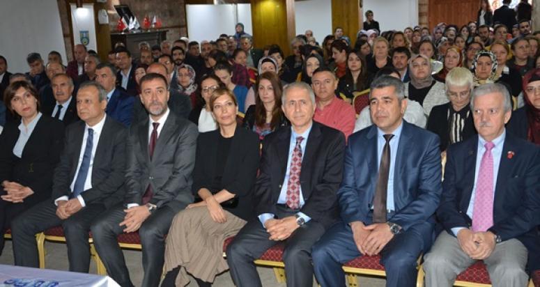Silivri'de 'Koruyucu Aile' bilgilendirme toplantısı yapıldı