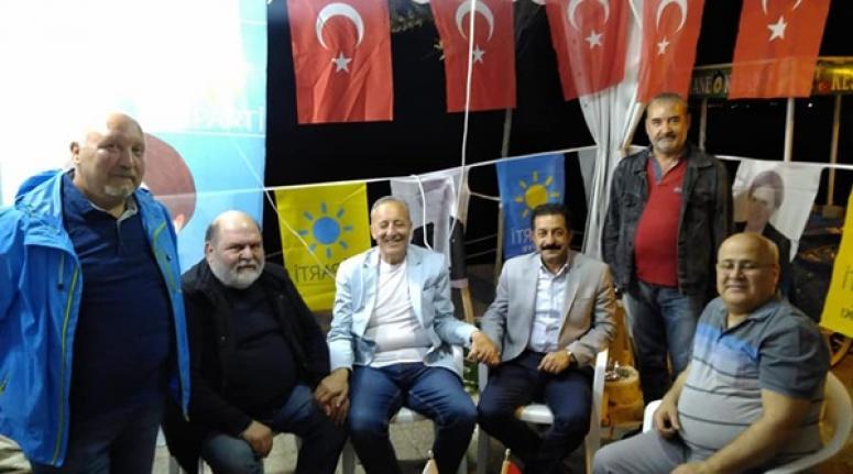 CHP'li Meclis Üyelerinden İYİ Parti'nin Demokrasi Çadırına ziyaret
