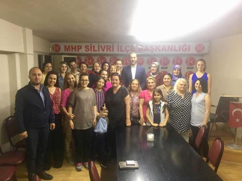 Yılmaz, son iftarı MHP'li kadınlarla yaptı
