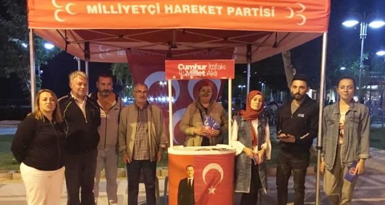 MHP seçim standı açtı
