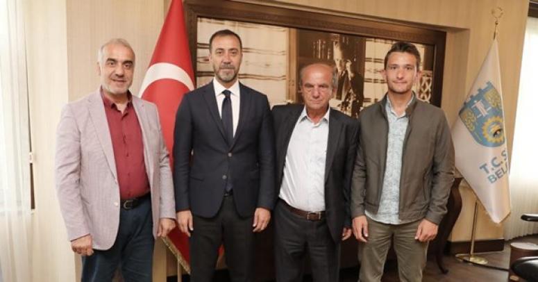 Trabzonspor'un Eski Başkanı Yılmaz'ı Ziyaret Etti
