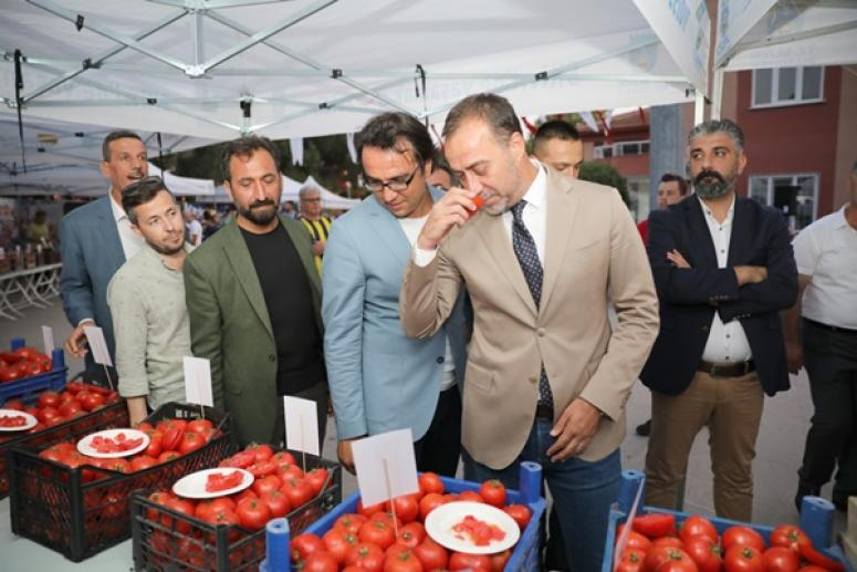Yılmaz'dan Organik Köy Pazarı Müjdesi