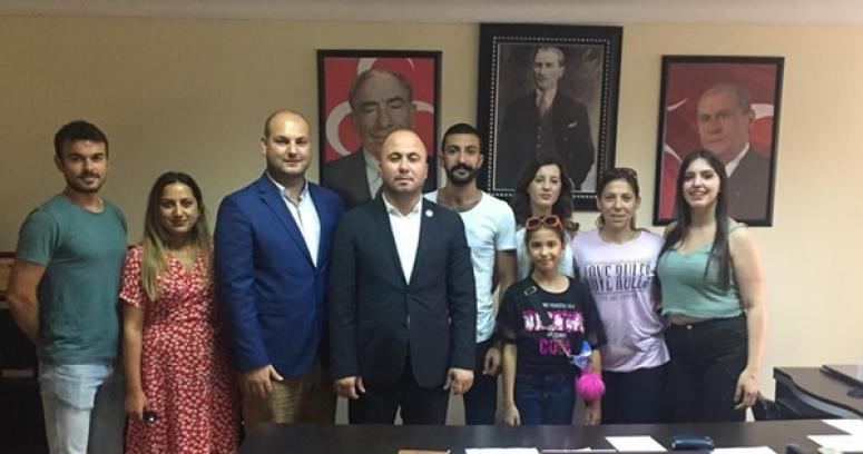 Elit Dans'tan MHP ziyareti