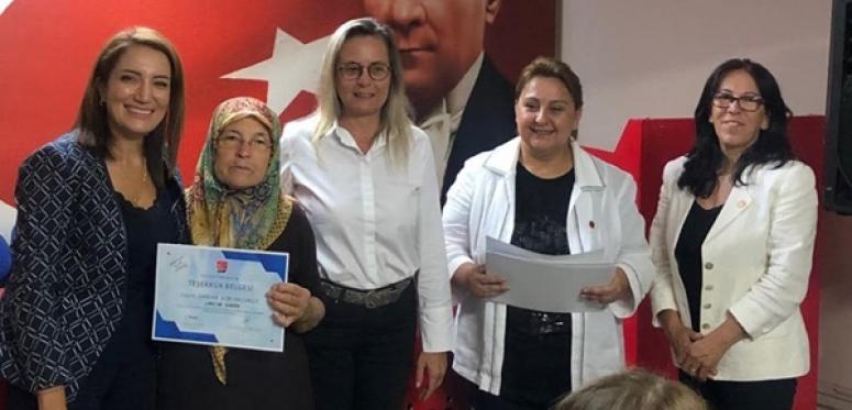 Ağırman'dan CHP'li Kadınlara Teşekkür