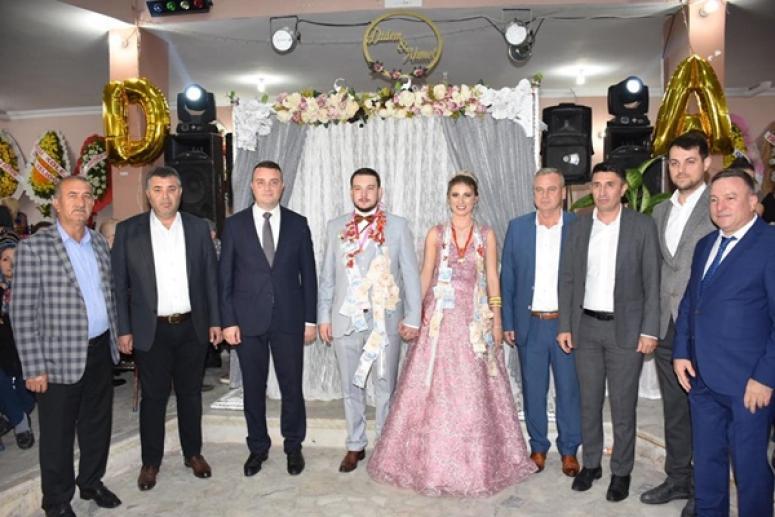 Ahmet Çalışkan, Didem Köse'yle Nişanlandı