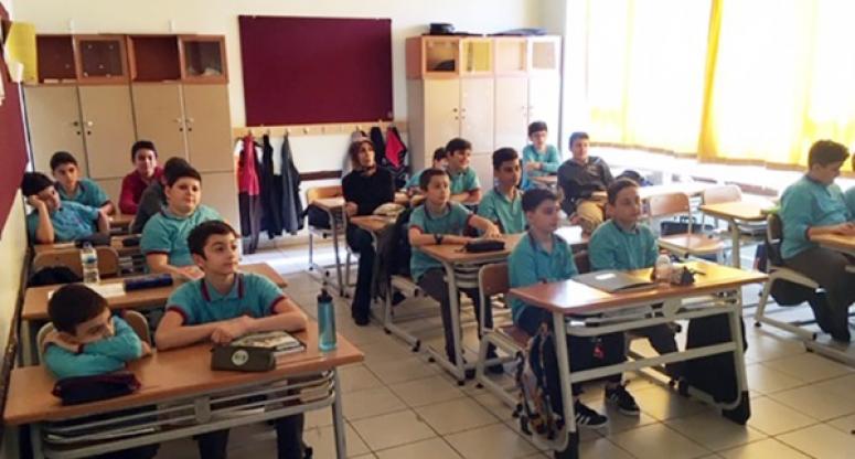 İBB'den Silivri'de Öğrencilere Deprem Farkındalık Eğitimi