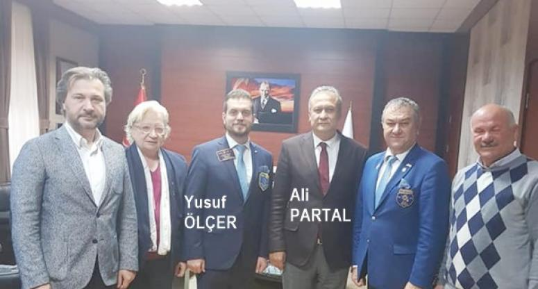 Rotaryenler Protokol Ziyaretlerinde Bulundu