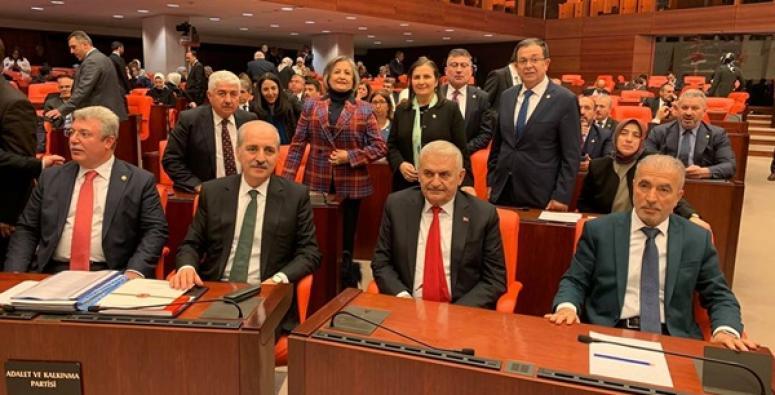 Libya Tezkeresi'nin Kabul Edilmesine Kaynarca'dan Yorum