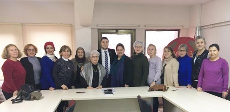 Başkan Esen, Kadın Kolları İle Bir Araya Geldi