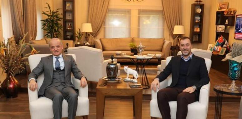 Siemens'in CEO'sundan Başkan Yılmaz'a Ziyaret