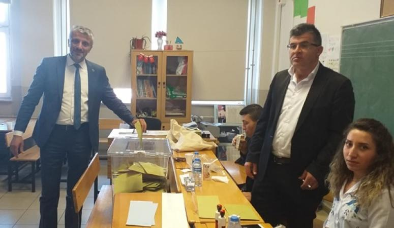 BBP İlçe Başkanı Aksu, oy kullandı