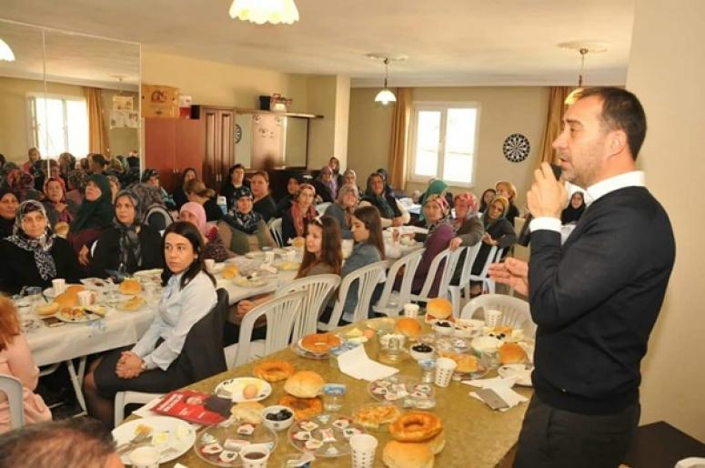 Yılmaz'ın kadınlara özel toplantıları devam ediyor