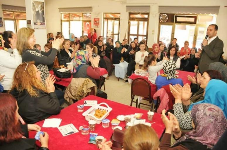 Gazitepeli kadınlardan Yılmaz'a destek
