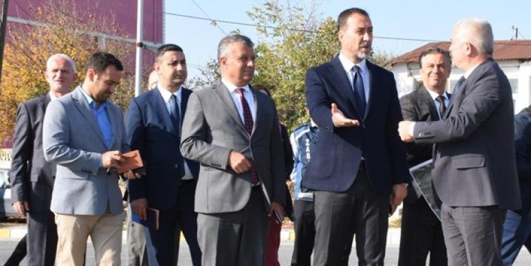 Başkan Yılmaz, Büyükçavuşlu'ya Çıkarma Yaptı