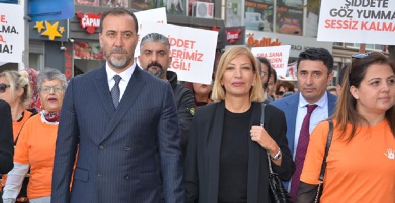 Yılmaz: Türk Kadını Bugün Sahip Olduğu Her Şeyi Atatürk'e Borçlu