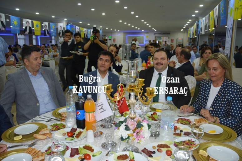 Buğra Kavuncu, Silivri İYİ Parti Teşkilatı'nın iftarına katıldı