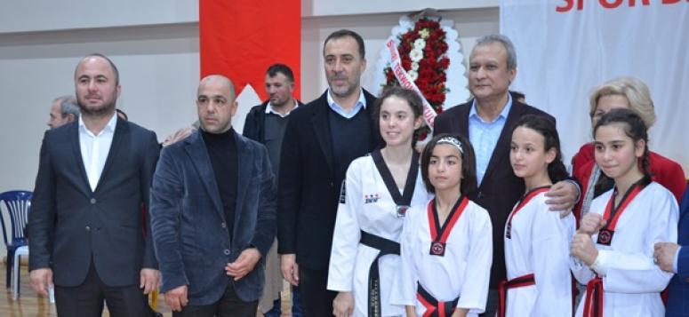 Yılmaz: 'Gazi'nin Sporcu Tanımına Layık Gençler Olmalısınız'