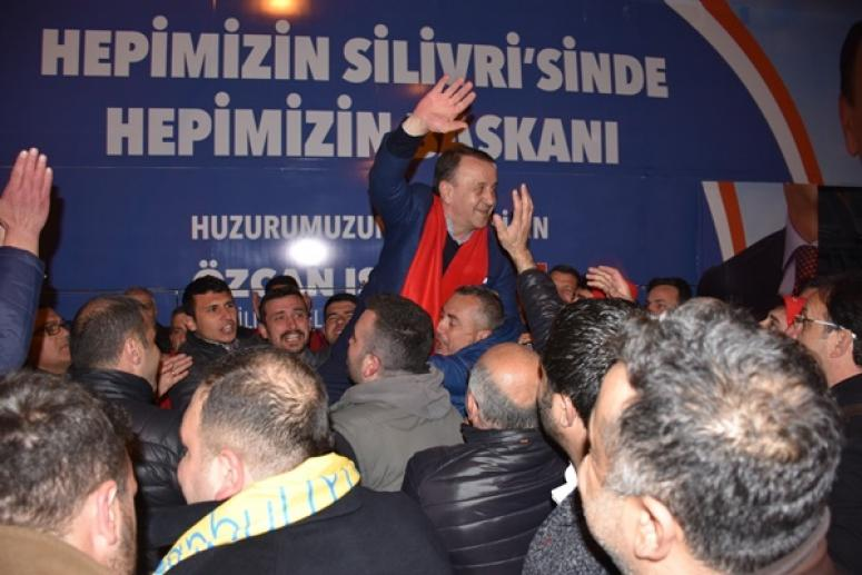 Selimpaşa Başkan Işıklar'ı sevgiyle kucakladı