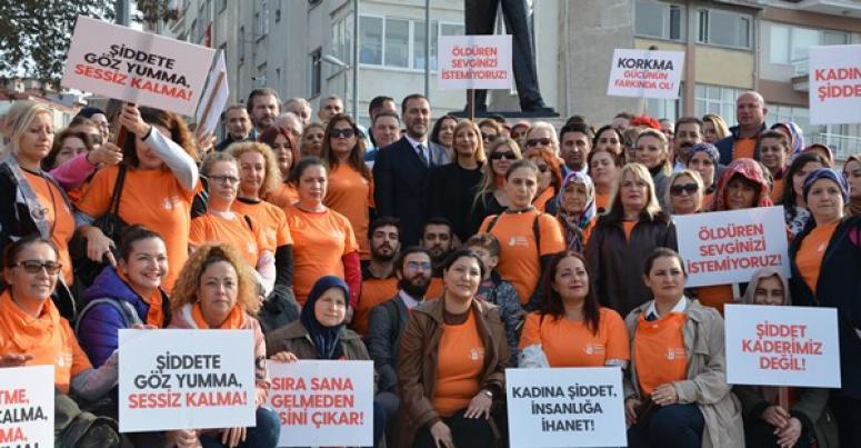 Silivri'de, Kadına Şiddete 'Hayır' Yürüyüşü